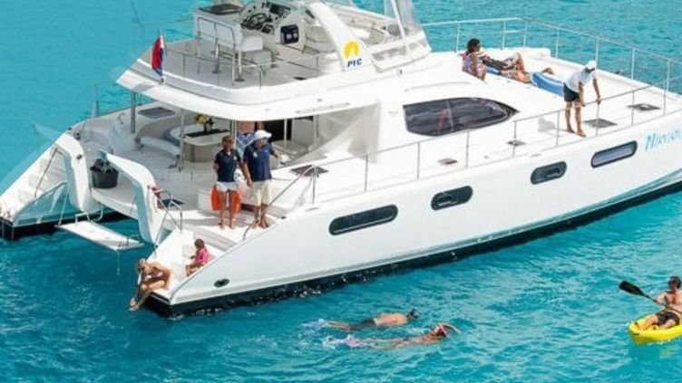 SAILING THE GREEK ISLANDS ON YOUR PRIVATE YACHT 9/25-10/2 2021