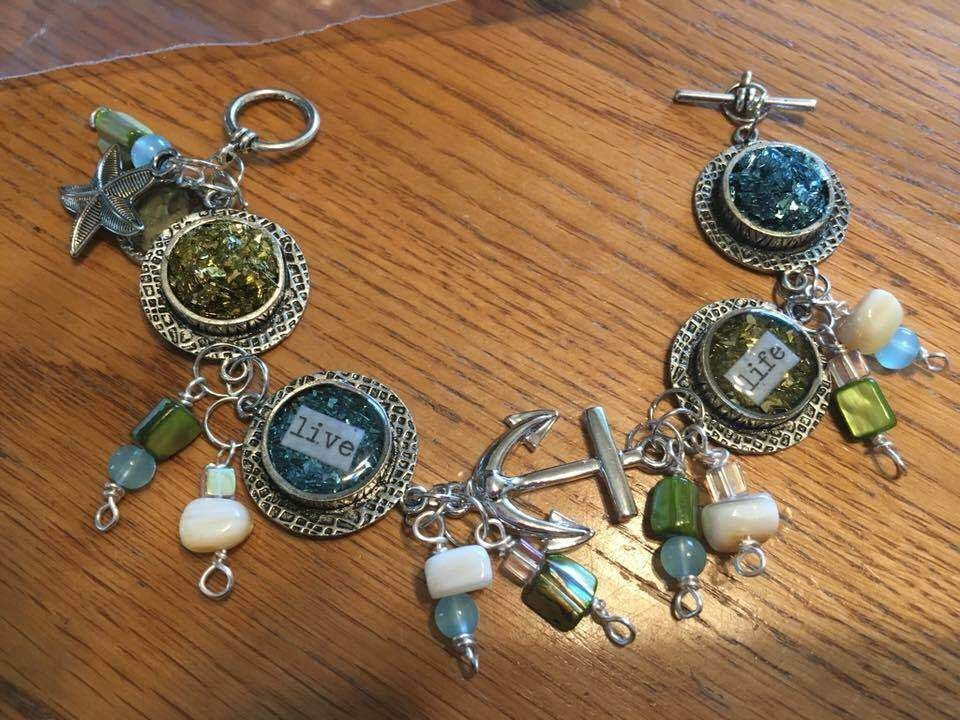 Learn how to make wire wrapped rings with the fabulous for Learn to draw jewelry