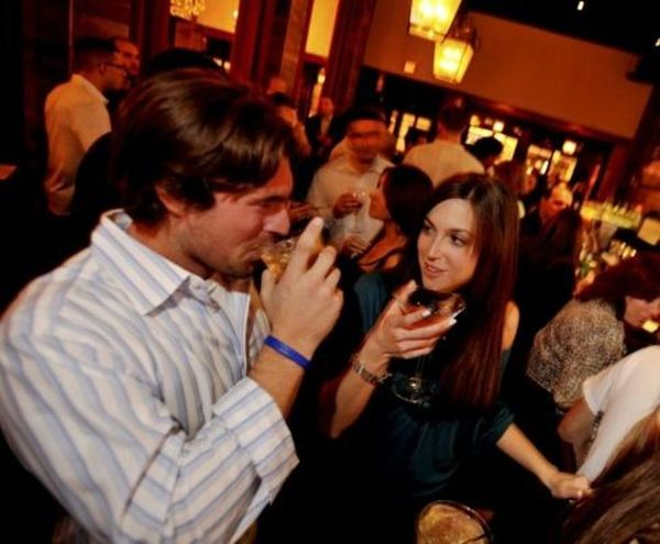 event in Seattle: 5 MIN. MINGLE & MATCH(AGE 32-49)-THE FUN WAY TO MEET OTHER SINGLES!