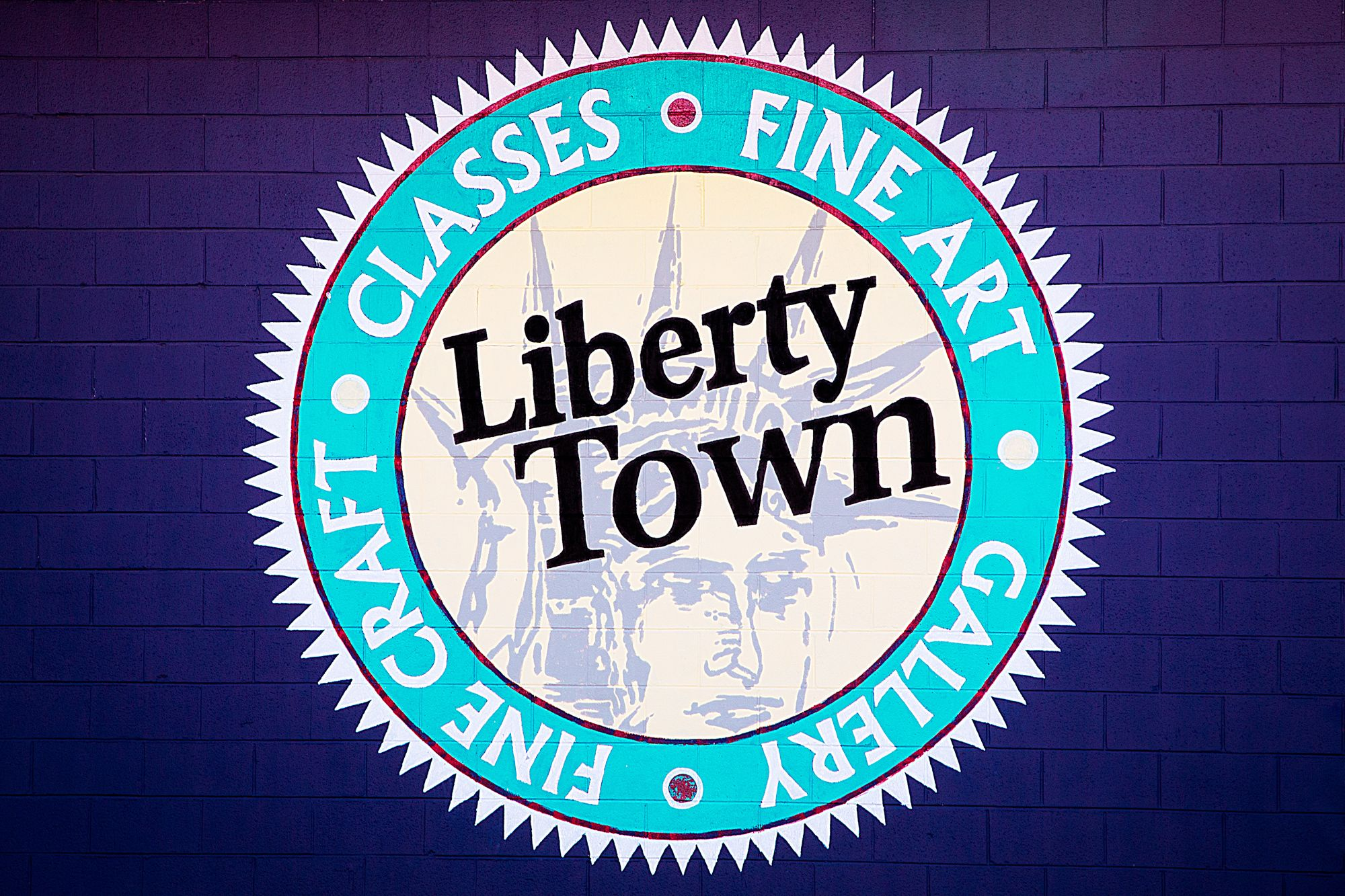 LibertyTown's Drop-In Glass Classes