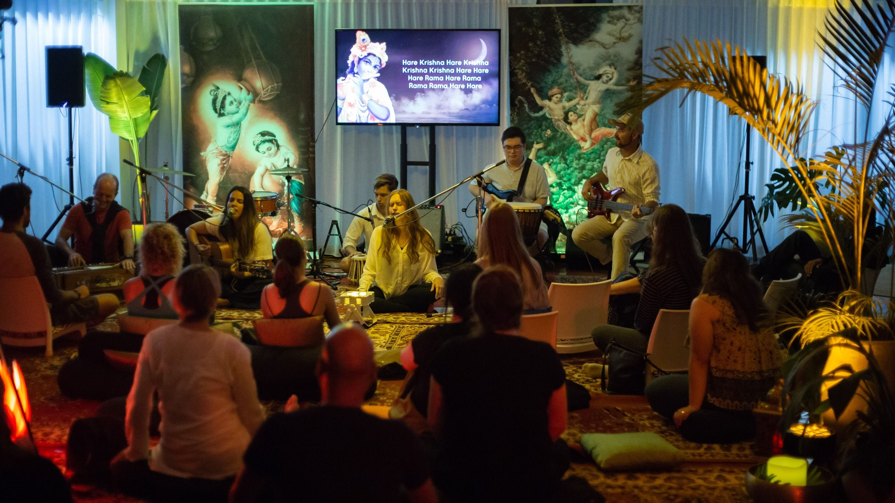 The Mantra Room - Live Kirtan - West End