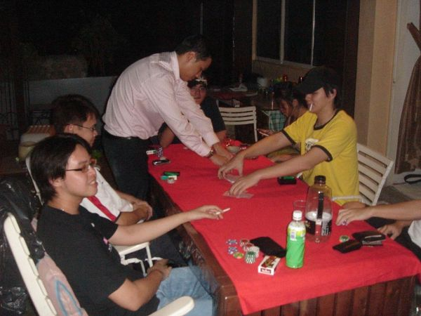 Poker groups singapore how to put a nano sim in a micro sim slot without adapter