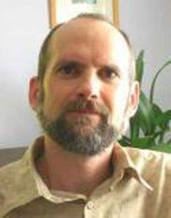 Jeff E.