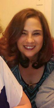 Lynne M R.