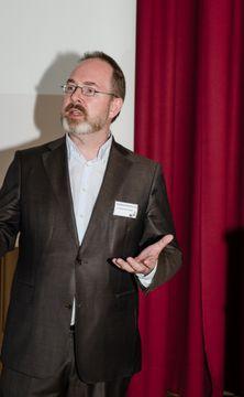 Dr. Eduard van K.