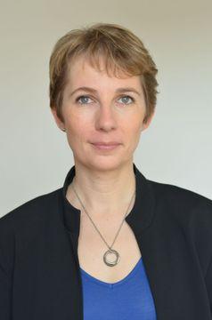 Isabelle C.
