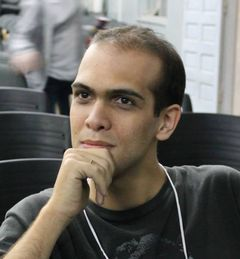 Luís C.