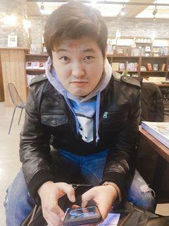 Jun Won K.