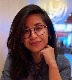 Nadia De A.