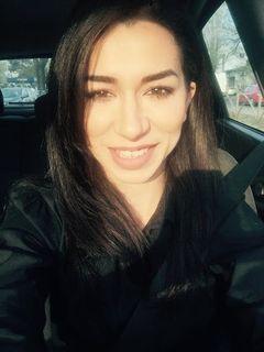 Aida T.