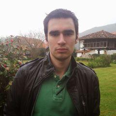 Adrián González R.