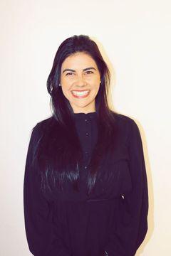 Laísa M.
