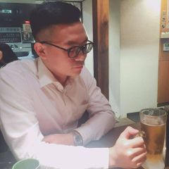 Wei L.