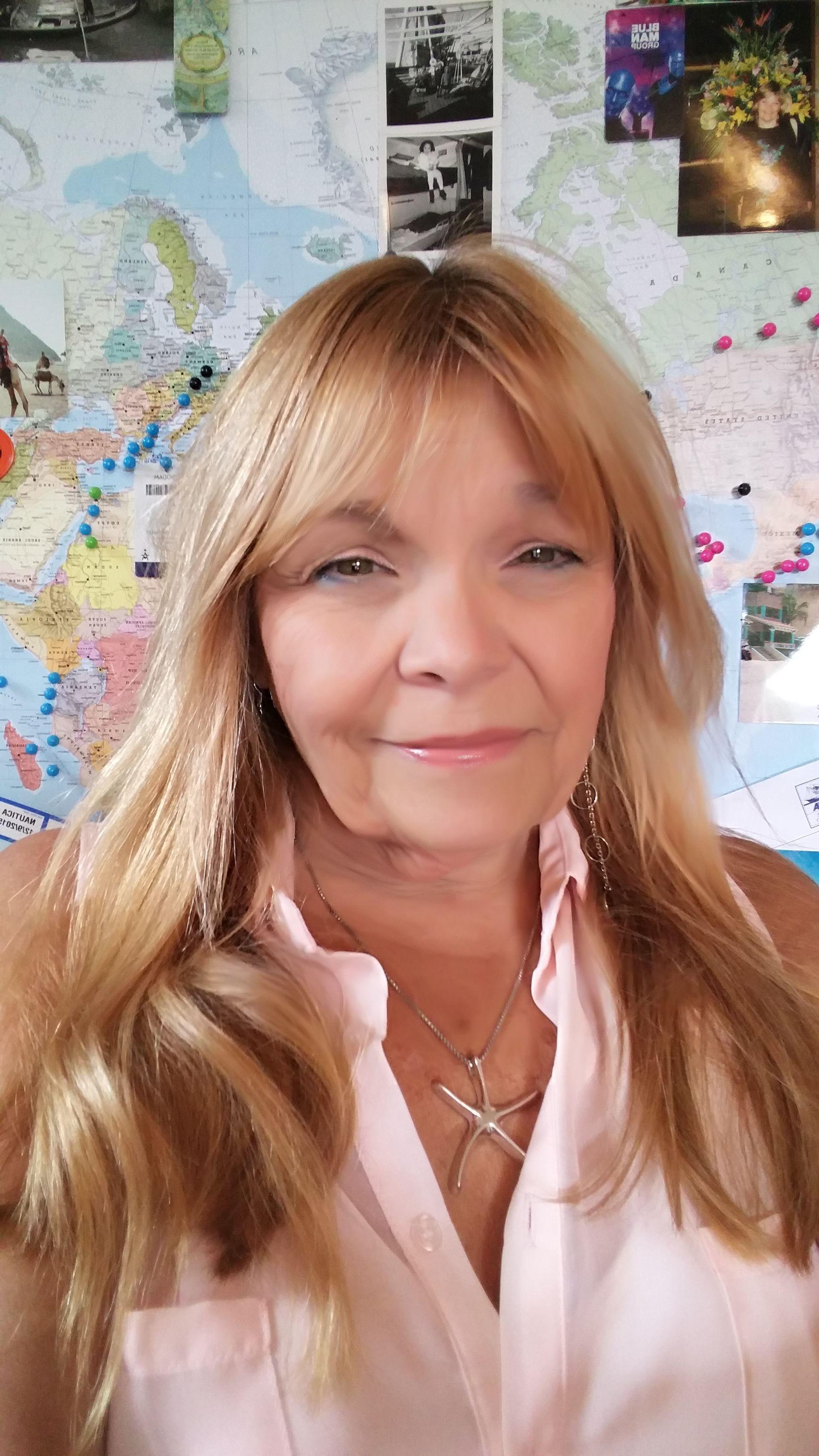 Vivien Rose E Wanderlust Womens Travel Victoria Bc
