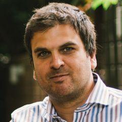 Leandro L.