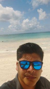 Jhonatan Bazaldúa O.