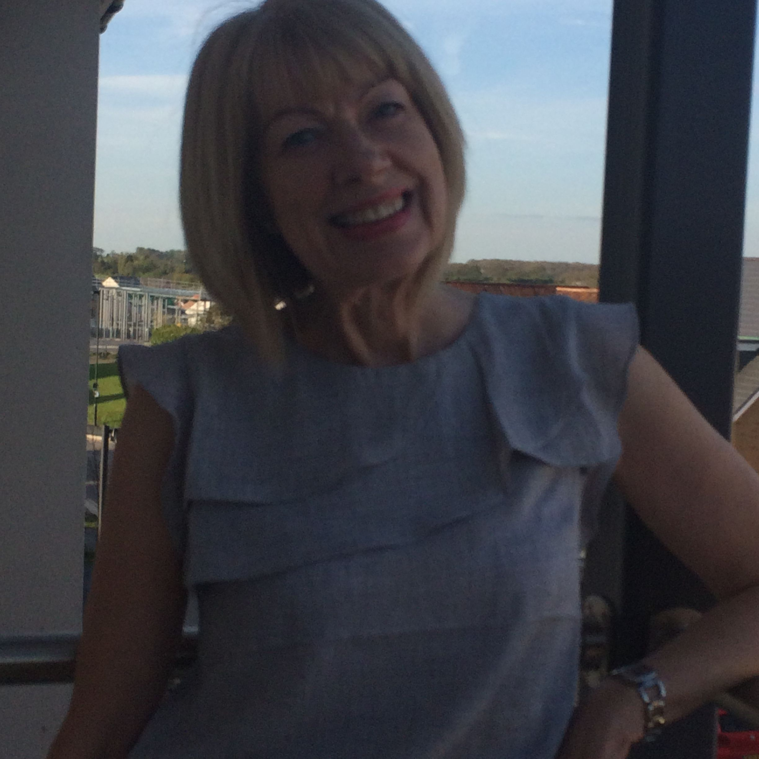 bristol mature singles Meet thousands of local bristol singles, as the worlds largest dating site we make dating in bristol easy plentyoffish is 100% free, unlike paid dating sites.