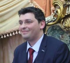 Amine M.
