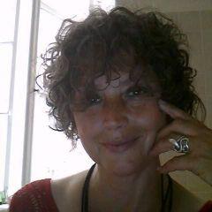 Paola L.