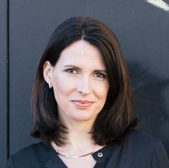 Laura N.