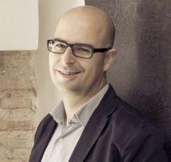 Alejandro L.