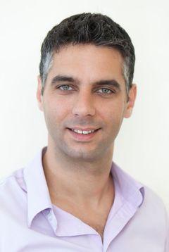 Yaniv N.