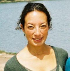 Anna Carla L.