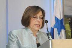 Beatriz C.