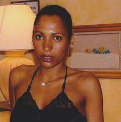 Oriana Nawezi M.