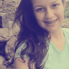 Polly Oliveira C.