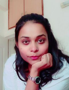 Nadia S R.