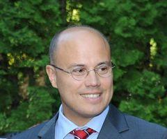 László Adrián S.