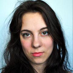 Nicole V