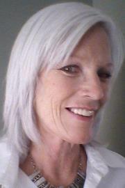 Joelle R.