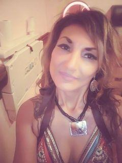 Amanda Estrada (.