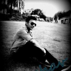 Keshav S.