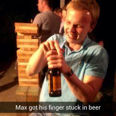 Max W.