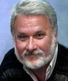 Larry D W.