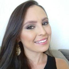 Priscila Lopes M.