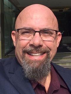 Mark Becerra S.