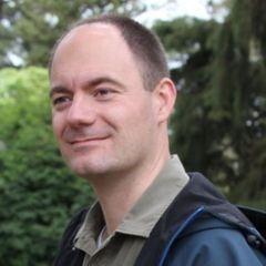 Nils V.
