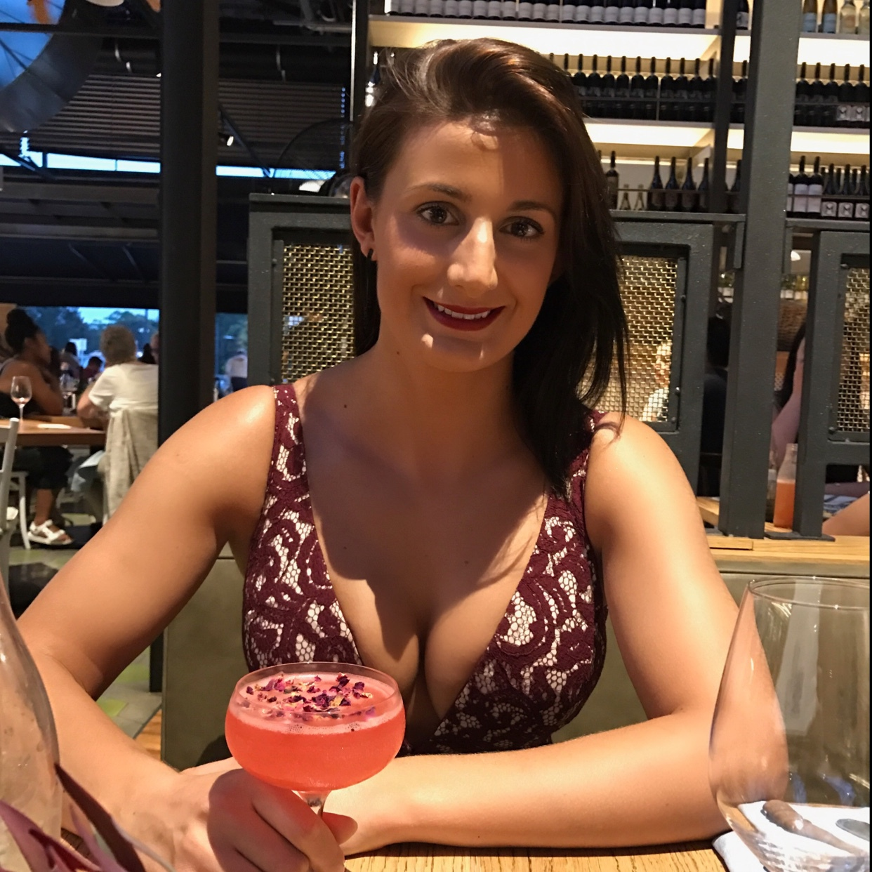 ryde single girls Meet new people chat, date and meet with over 5 million people ilikeyou is a great place to meet men and women if you're looking for a person to chat with or free dating you've come to the right place.