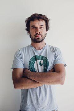 Tiago J.