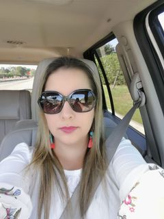 Viviana C.