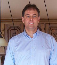 Wolfgang R.