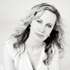 Annemarie van V.