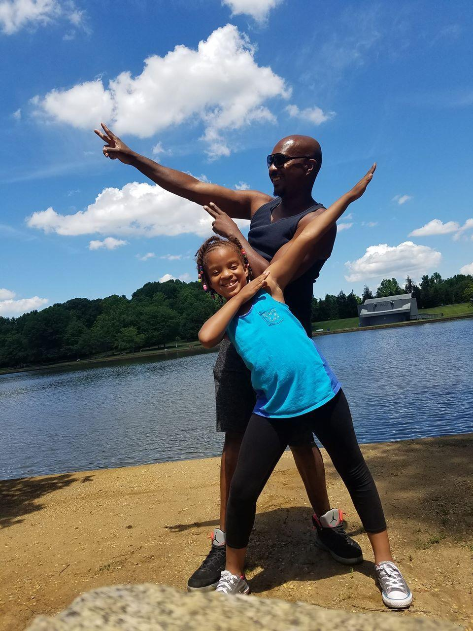 black singles in hyattsville Search for local christian singles in hyattsville online dating brings singles together who may never otherwise meet it's a big world and the loveandseekcom.