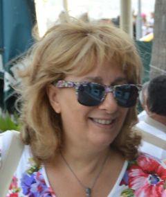 Licia Anna L.