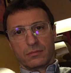 Dominique S.