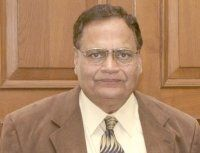 Dr. Ravi S.